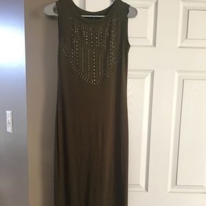 Dresses & Skirts - Green maxy dress with studs